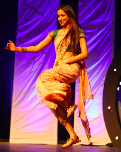 Yalini Rajakulasingam dances on stage at Thaalam 2014.