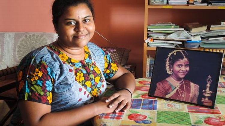 Sri-Lankan-Brides-Reject-Grooms-Dowry